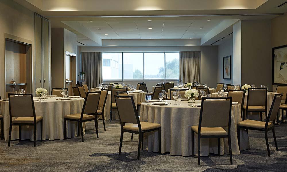alder-room-dinner-reception-rounds-setup-sawyer-sacramento