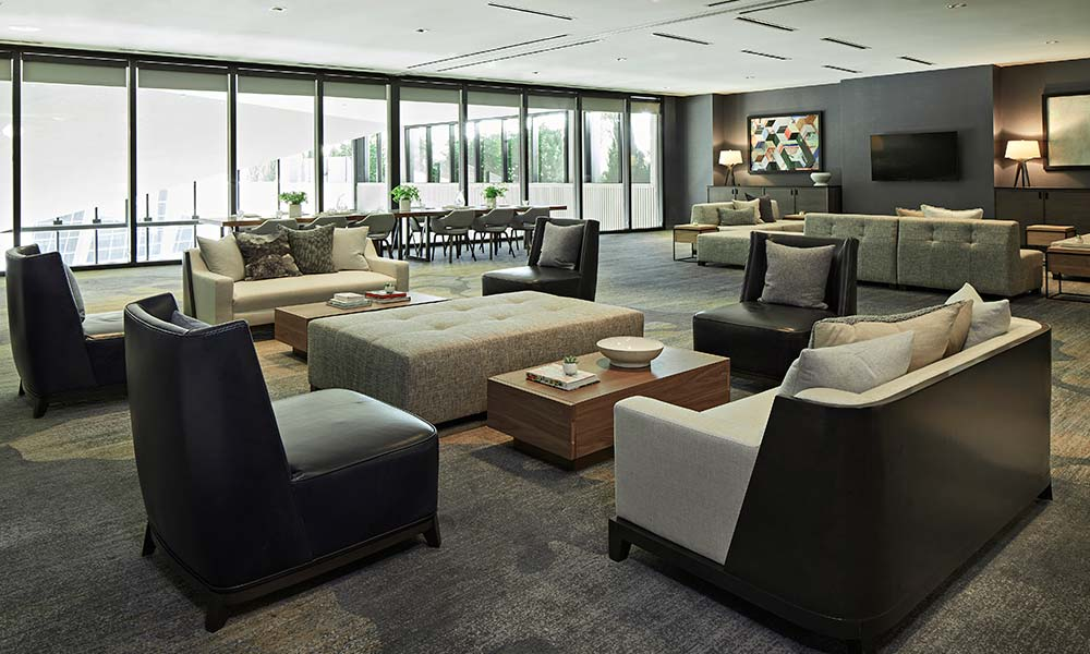 maple-room-meeting-sitting-area-sawyer-sacramento