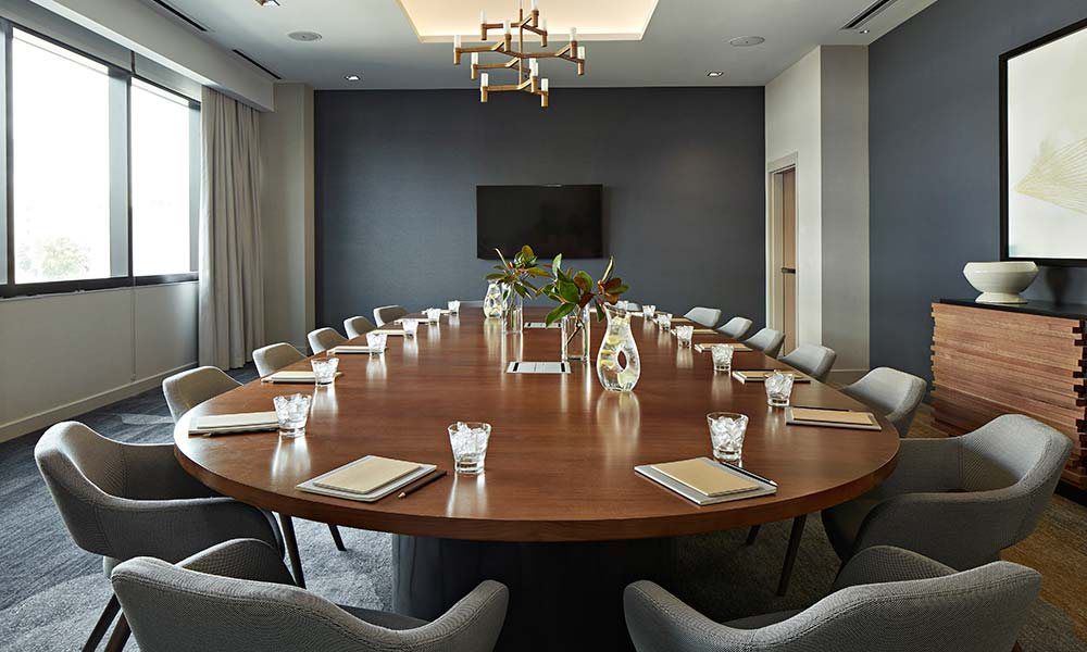 oak-room-boardroom-setup-meeting-space-sawyer-sacramento