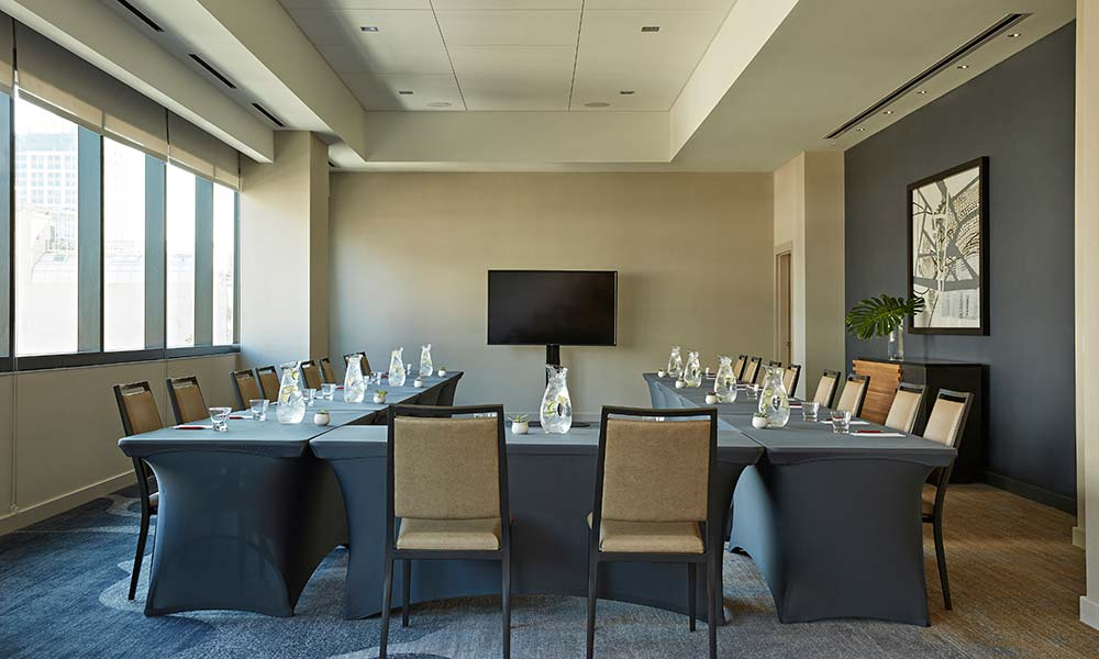 sycamore-room-meeting-space-u-shape-sawyer-sacramento