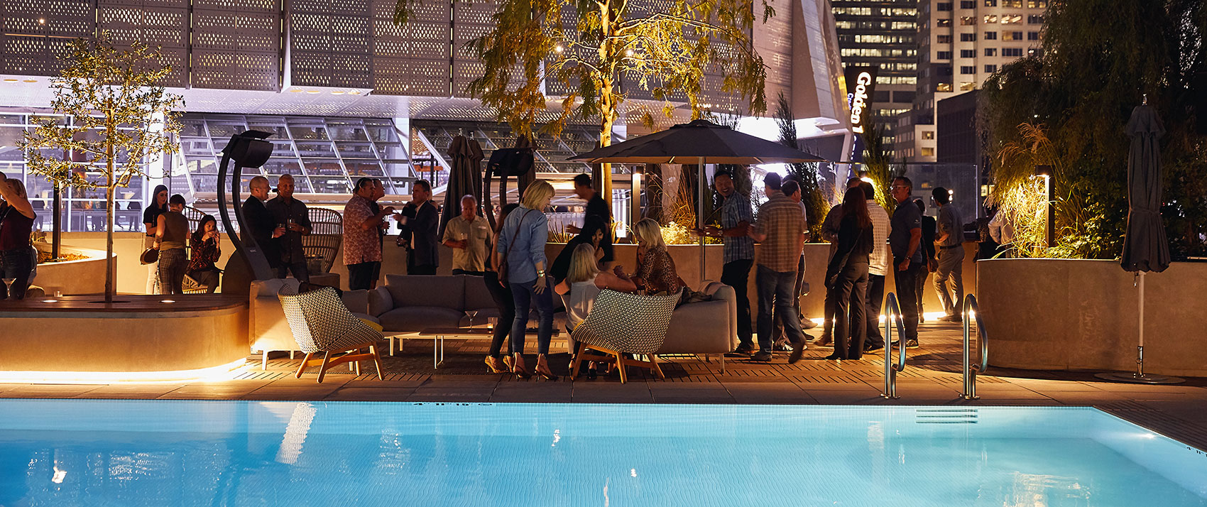 kimpton-sacramento-california-sawyer-hotel-rooftop-pool-city-view-event